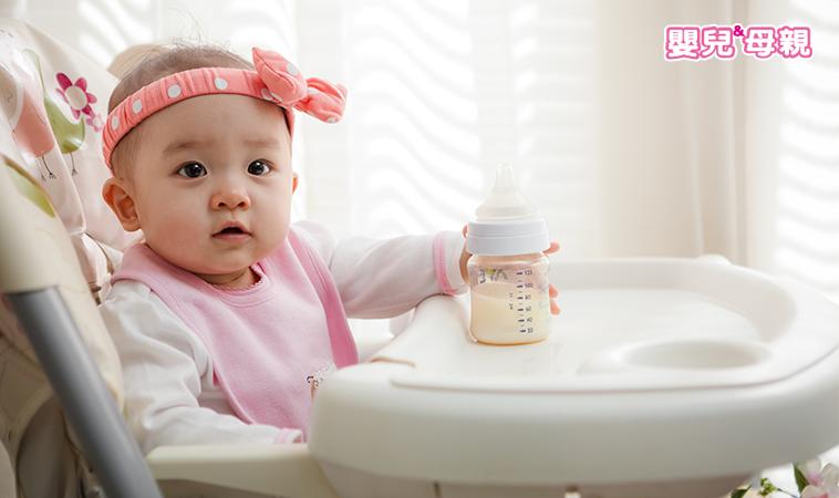 哺育幫手 奶瓶x水杯‧首重材質