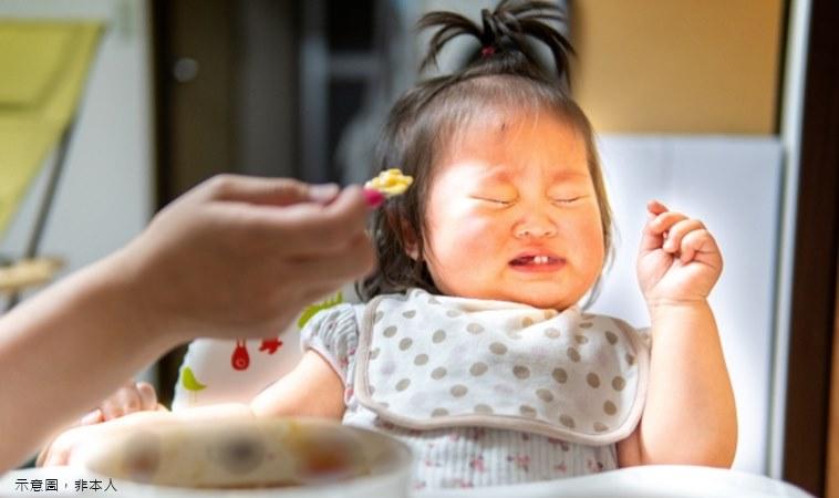 女童長大後出現飲食障礙,竟來自童年的「飯桌規定」