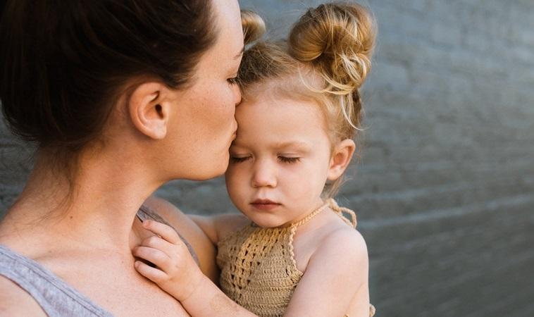 不准哭!心理師:「不教孩子認識情緒,他們就會成為社會的未爆彈」