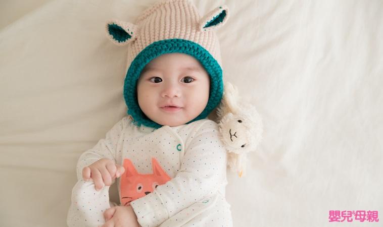 嬰兒保暖大作戰!寶寶外出、洗澡、睡覺,「這樣做」才正確
