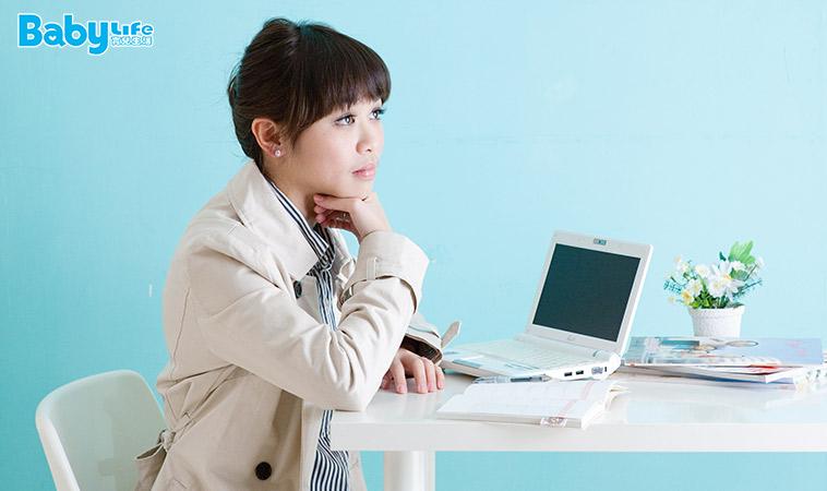 全職媽媽也想兼職?這5種工作選擇可能適合妳