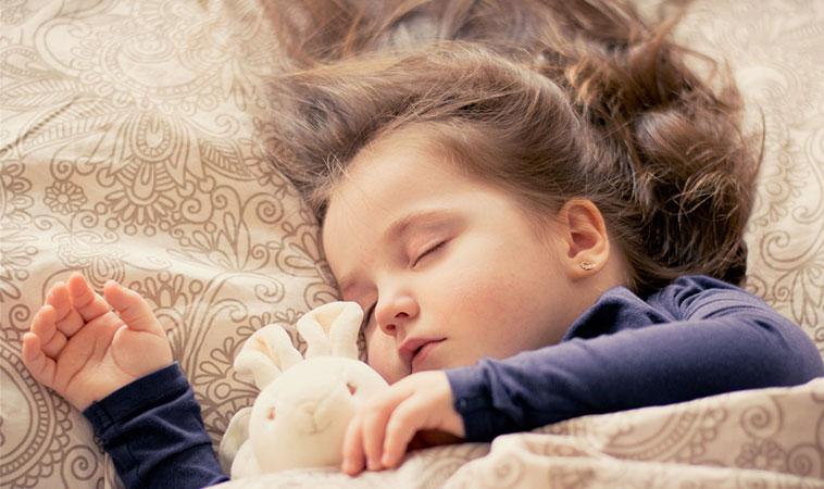 孩子晚睡有沒有關係?