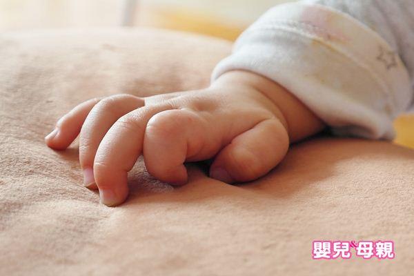 孩子愛咬指甲,現在流行做光療,有效嗎?皮膚科醫師正解
