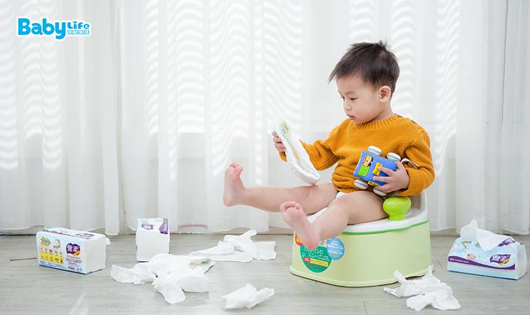 如廁訓練卡關了?基礎6技巧+進階8重點,陪孩子順利戒尿布