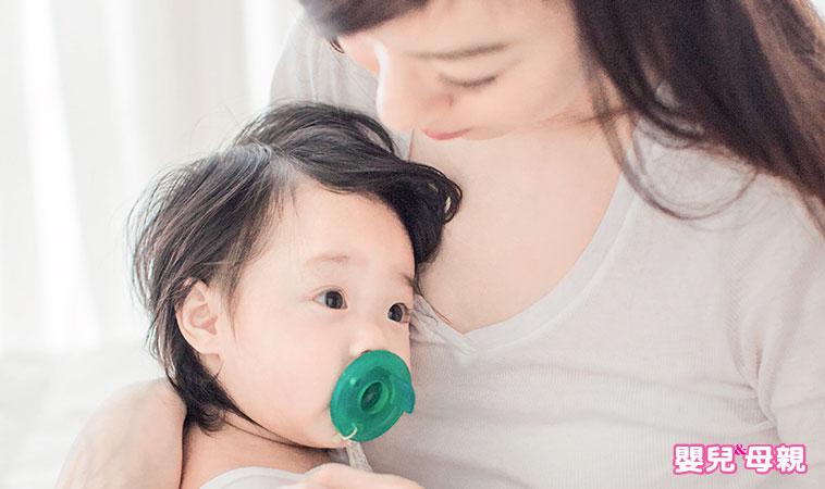 認識寶寶口腔構造,正確使用奶嘴