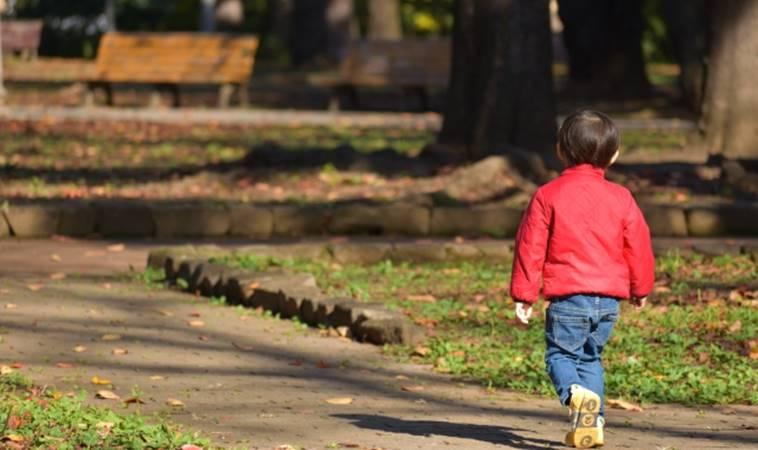 5歲男童公園遊玩險走失,教你3招預防兒童走失