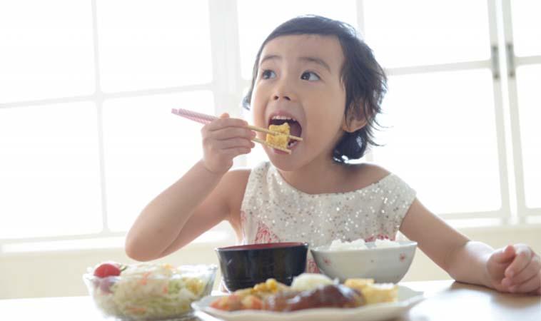 孩子每日蔬菜量應多少?用拳頭算給你看