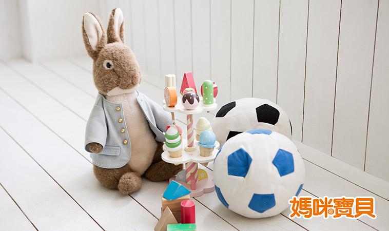 選購適齡玩具,讓寶寶更Smart