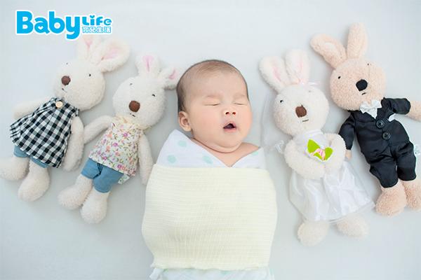 寶寶多大就不建議再使用包巾?