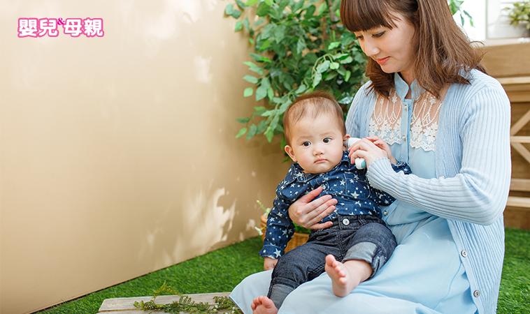 寶寶發燒怎麼看 耳溫、肛溫、額溫大不同