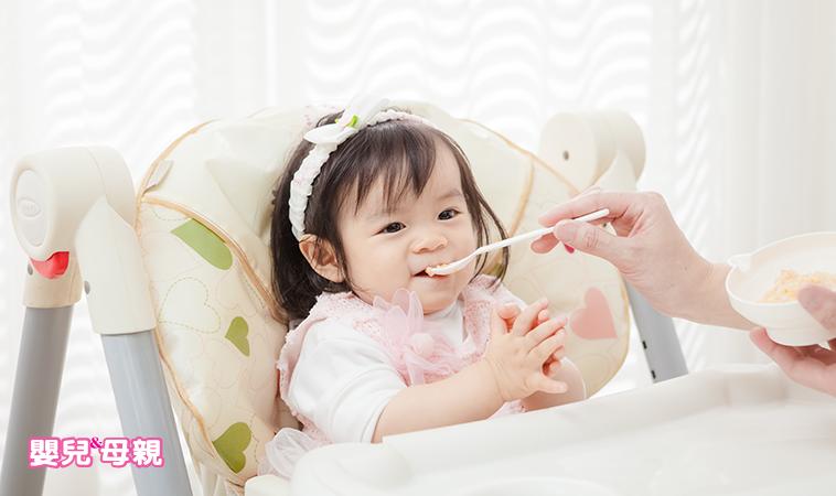 如何替寶寶準備副食品?開始吃副食品,營養更全方位