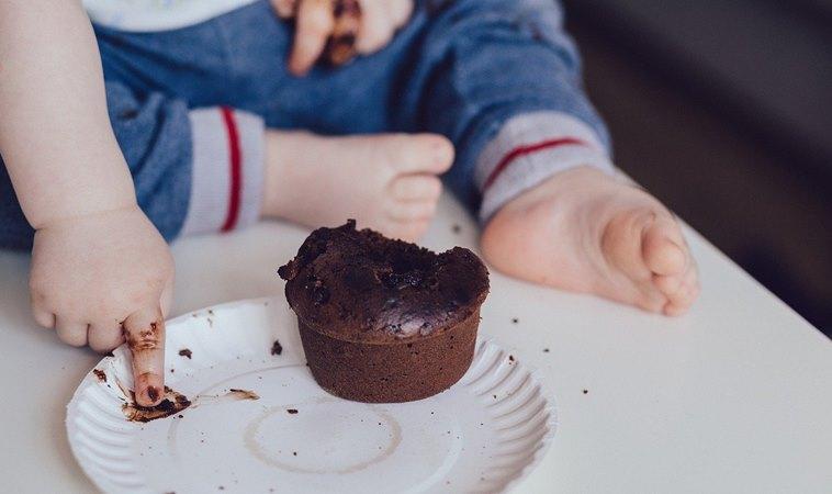 誤食減肥巧克力,3歲童亢奮到2天沒睡!