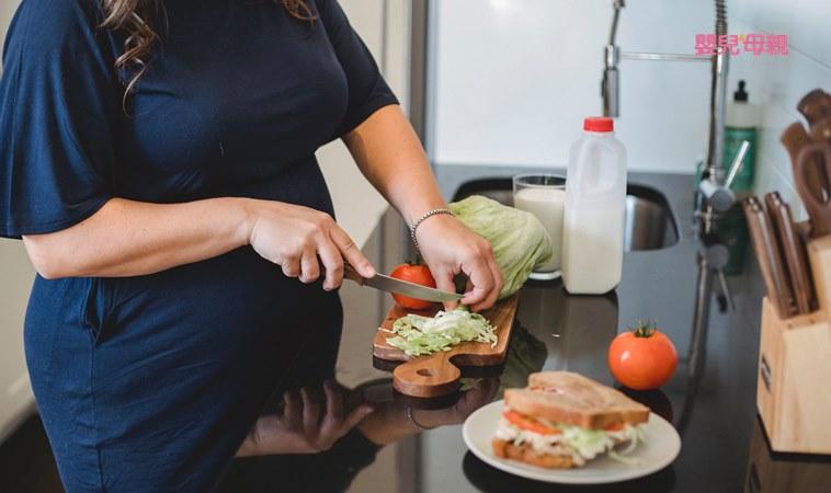 懷孕要吃什麼、不能吃什麼?這些食物要小心!