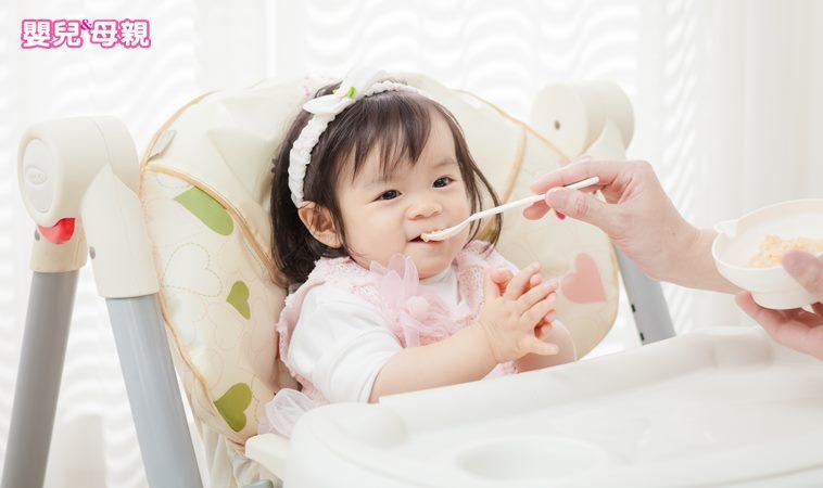 網路瘋傳新生兒吃「米粥」當主食,兒科醫學會打臉