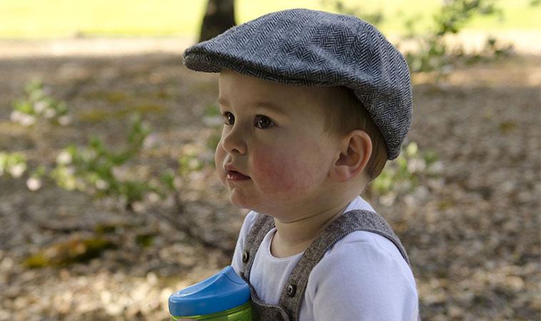寶寶喝多少水才夠?「三多三不」讓孩子自動喝水