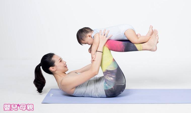 寶貝常哭鬧、便秘或脹氣?瑜伽達人傳授兩招讓寶貝穩定情緒、頭好壯壯!