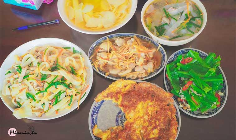 來一趟懷舊之旅,到苗栗獅潭老街上品嘗客家美食