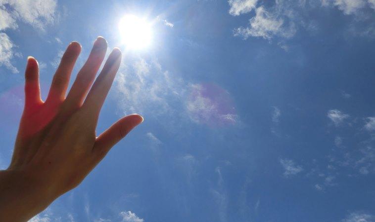 【測驗】打開手掌看手指的間距,竟能看出你的潛在性格!
