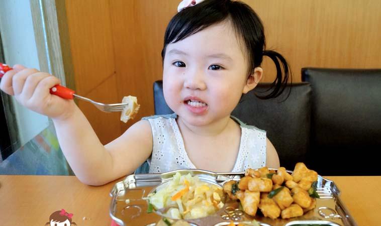 讓吃飯變有趣!我的糖糖寶貝愛吃飯妙招經驗分享