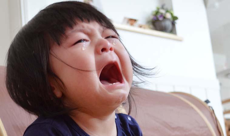 孩子愛哭鬧,一兇又哭得更厲害怎麼辦?