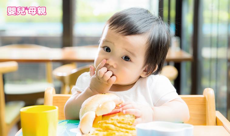 9成父母都忽視了手指食物的重要!8個月以上一定要嘗試