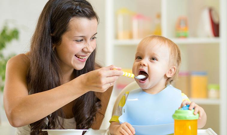 寶寶何時該斷奶?醫師教妳自然離乳又兼顧營養的斷奶方法!