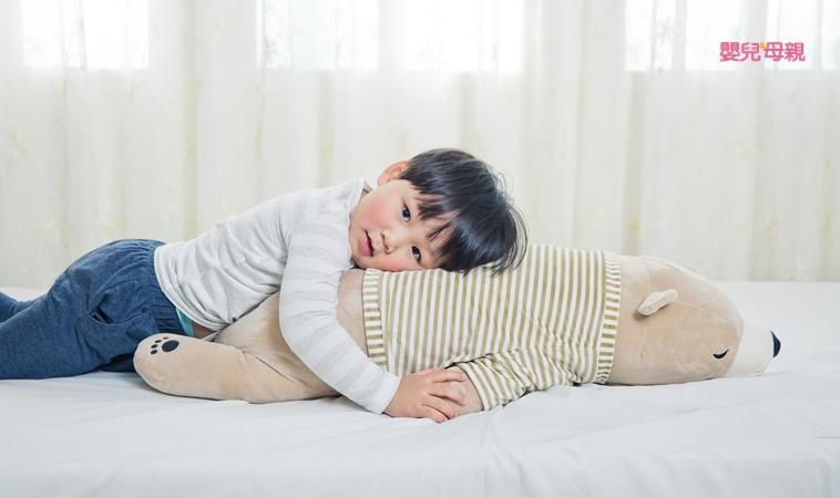 我家有隻「懶惰蟲」!別忽視肌肉張力不足的孩子