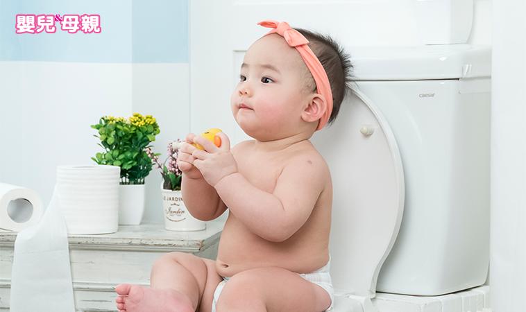 小心別與感冒、腸絞痛混淆!寶寶發燒,恐泌尿道發炎?