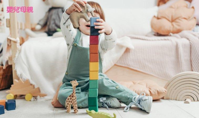 玩具太多,不收也不能丟,怎麼辦?3歲開始,教孩子玩具斷捨離