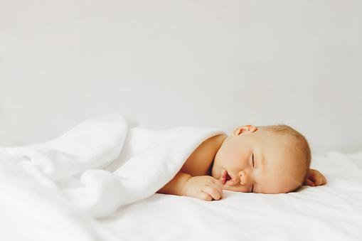 寶寶3~4個月的發展