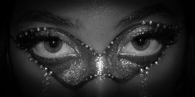 眼彩 眼睛上的寶石