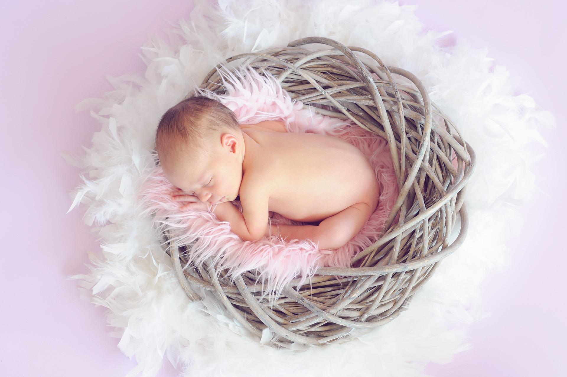 在周產期會引起嬰兒貧血的危險因素