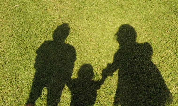 我們大手拉小手,與孩子增進關係的7個散步技巧