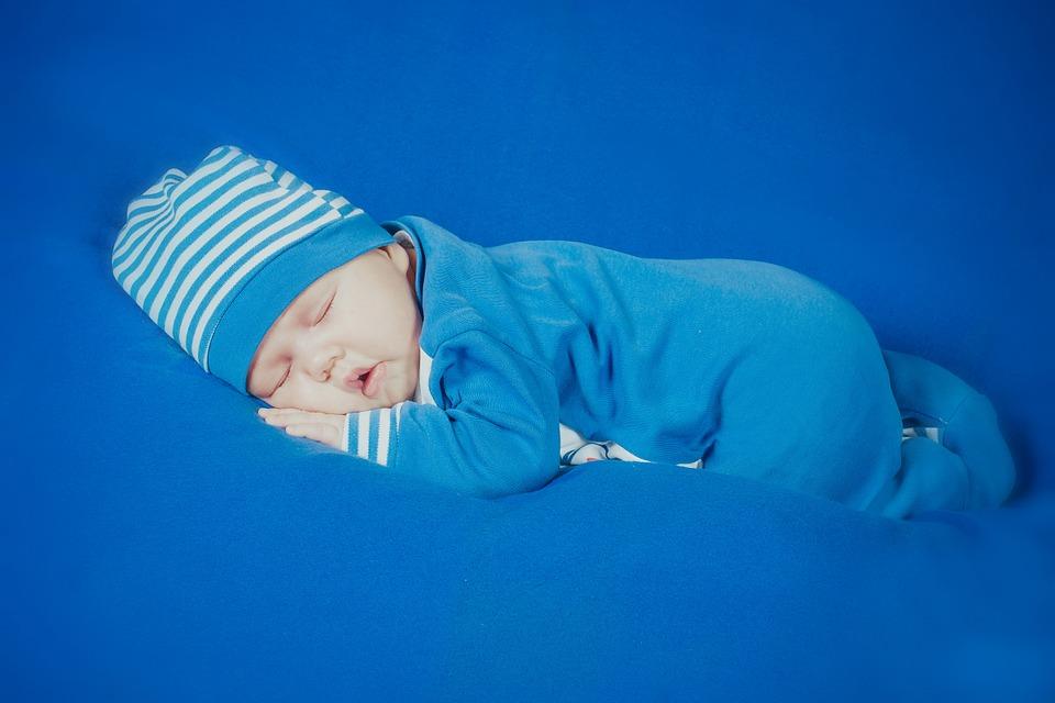 寶寶吹冷氣晚上睡覺