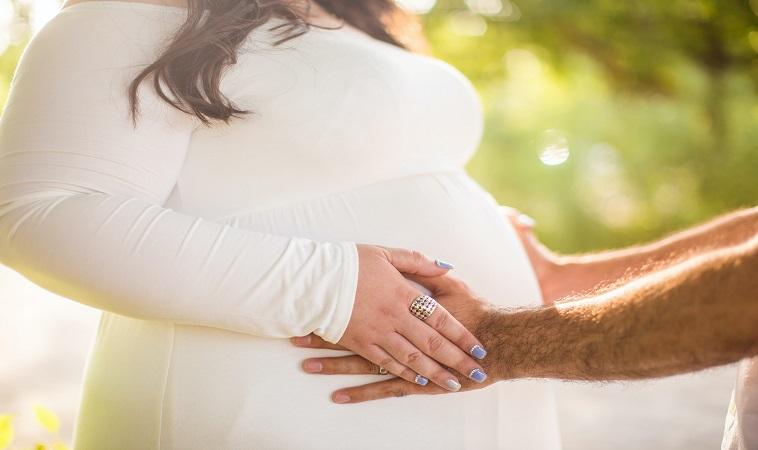 胖媽當心!產婦子癲前症血壓飆,26週急產「巴掌仙子」
