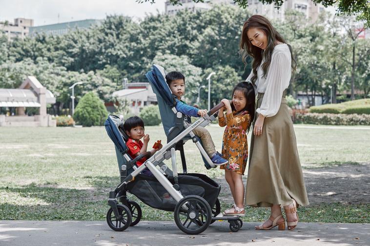 地表最強推車 3寶爸媽也能輕鬆駕馭
