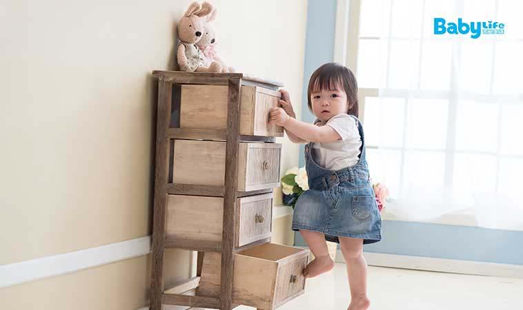 孩子總是愛爬高,他們有危險意識嗎?