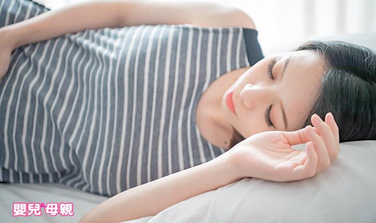 正確睡姿有學問,4大睡眠方式比一比