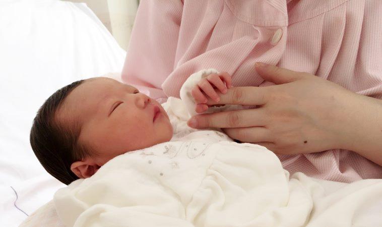 滿月嬰咳不停染百日咳,疑是媽媽孕期未打疫苗時感染