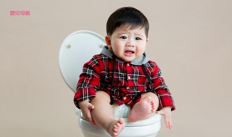 寶寶其實是「憋便」!小兒腸胃科醫師:最難發現、最好治療