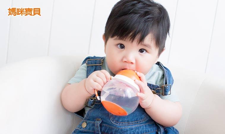 寶寶該如何健康喝水?