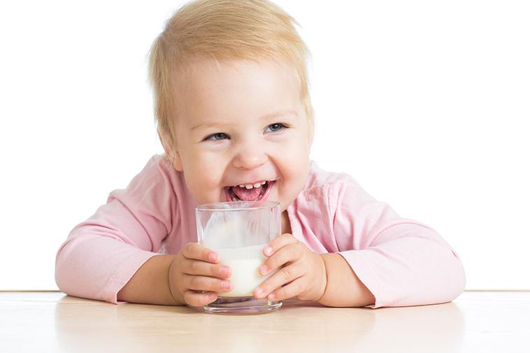 應如何進行混哺?醫師經驗分享:啟賦3幫助寶寶延續母乳保護!