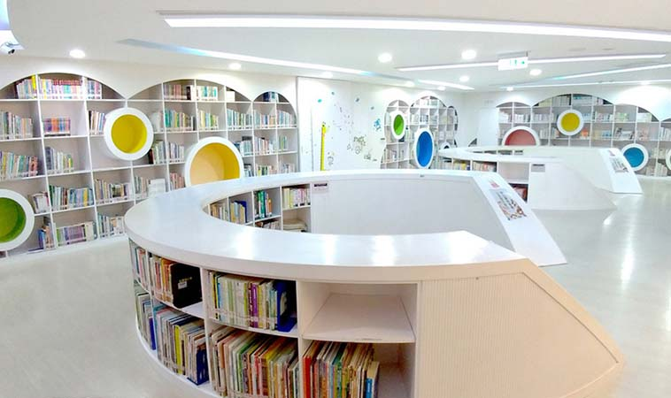 新北特色親子圖書館,繽紛空間適合小小孩