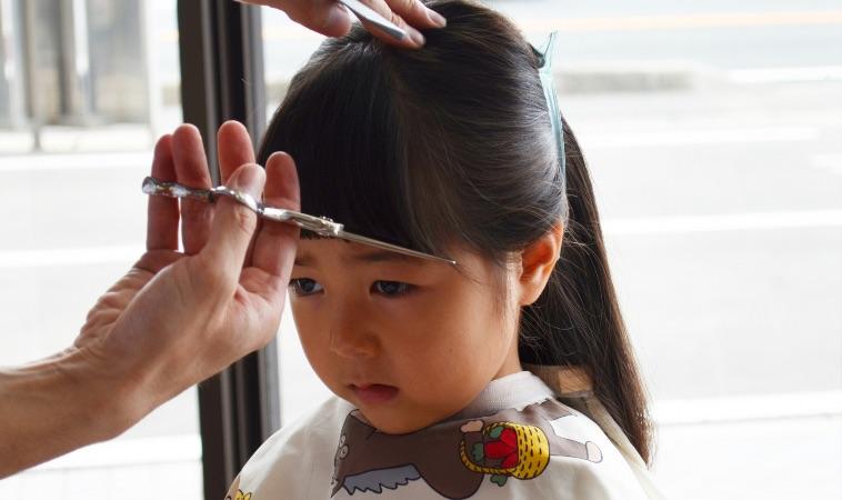 疫情在家幫老公、小孩剪頭髮4步驟!髮型師破解常見剪髮失誤