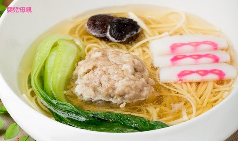 促進腸蠕動、緩解便秘,清爽的「獅子頭清湯麵」