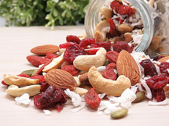 Healthy Snacks Malaysia Coconut Goji Berry Trail Mix