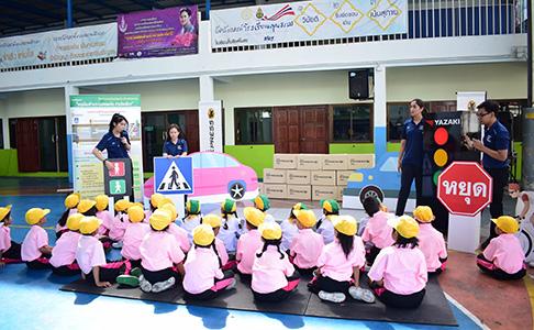 【タイ・日本式安全講習】バンコク市内の小学校10校で「こども交通安全教室」を開催