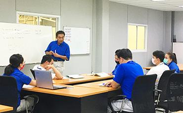 ทักษะทางเทคนิคและสายสัมพันธ์กับโรงงานที่ประเทศไทยที่เติบโตมาพร้อมกับพนักงาน (การชุบผิว / บริษัท Siam Hikifune)
