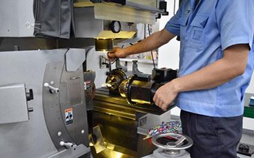 PTSの徹底した品質管理と熟練の研磨技術でお客様の生産性向上をサポート