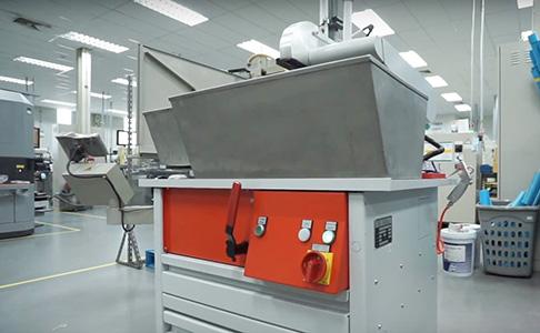ตัวอย่างการติดตั้งเครื่องจักรของบริษัท YKT THAI : เครื่อง Epoch-making cutting machine ของบริษัท ANTON WIMMER ! สามารถแก้ไขปัญหาให้กับบริษัท PTS Tool (Thailand) ซึ่งเป็นผู้ผลิต Cutting tool และให้บริการ Re-grinding ได้ !